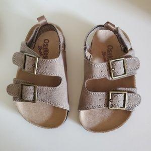 Oshkosh sandals   Toddlers boy
